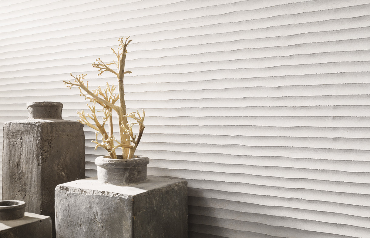 Porcelanosa Old white feature wall tiles