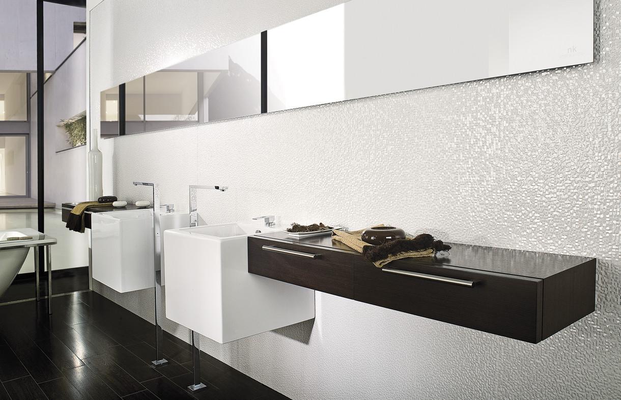 Porcelanosa Cubica blanco ceramic tiles