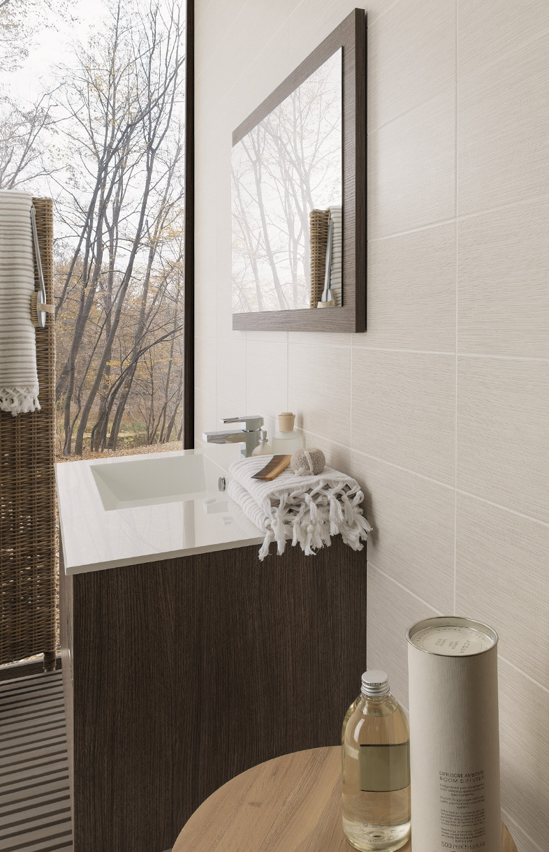 Porcelanosa Silk blanco porcelain wall and floor tiles